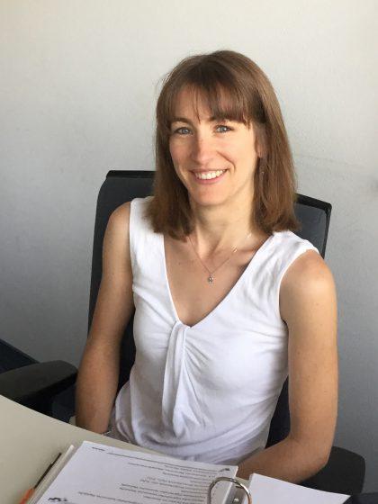 Dr. Delphine Rèche