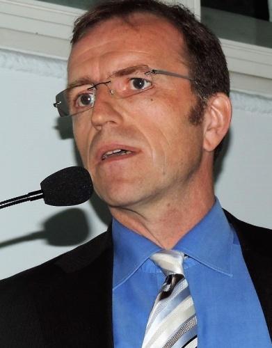 Dr. Martin Schlautmann