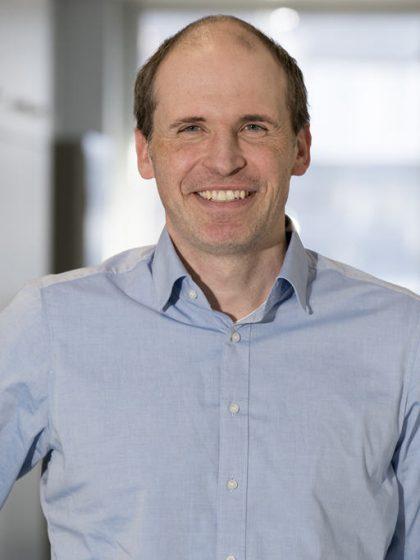 Dr. Frank Mintus